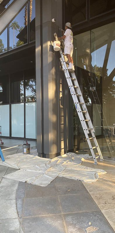 eco-green-building-painters-ladder-los-angeles